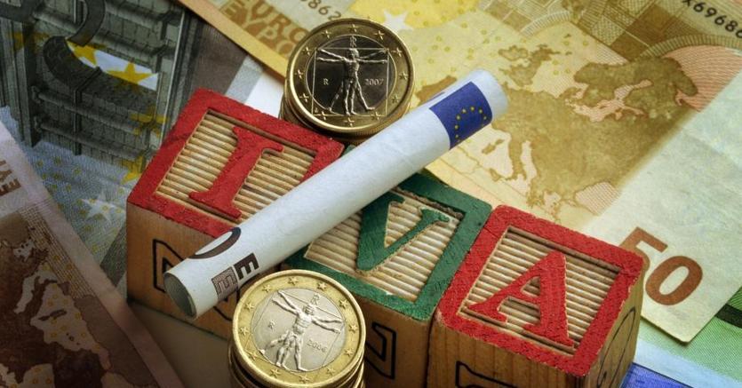 Liquidazione periodiche IVA: aggiornati i software di compilazione e controllo